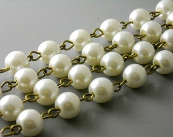 CHAINB-PIV8MM - 8mm Ivory Glass Pearl Chain - Antique Bronze Wire - 3.25 feet