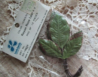 Rayon Rose Leave X 3 on a stem   Lee Wards Floral Supplies    Crafts   Millinery  NOS