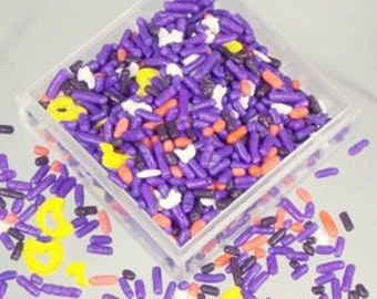 Twinquin Happy Hauntings Confetti 8 oz. Sprinkles Edible Cookie Cake Cupcake Decorating Halloween