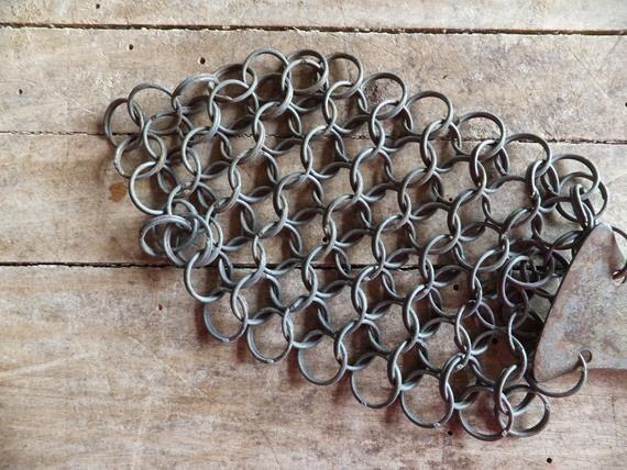 Vintage metal pot scrubber chainlink