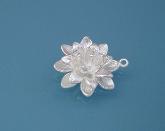 2 Pcs-Lotus Blossom  Pendant Connector Matte Silver over Brass Jewelry Making Supply.
