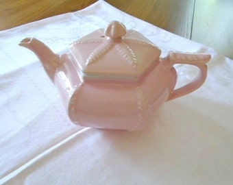 Vintage Pink HALL Teapot / Pink Plume China Teapot / Victorian Series Tea Pot / Made In USA / Fancy Teapot / Collectible / Pink Pottery
