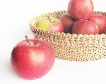 Woven basket Woven wicker vessel Fruit storage bowl Rustic interior home decor Eco friendly gift Ethnic table decor