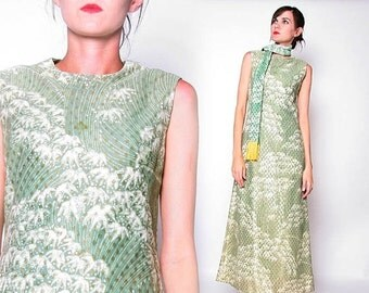 ON SALE Vintage 60s Green Maxi dress with Scarf / S M