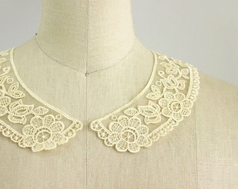 Antique Cream Embroidered Organza Vintage Style Venise Floral Peter Pan Lace Collar / Neckline / Edwardian Lace Necklace / Peterpan Collar