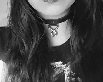 Hellbent Fatal Kiss Leather Choker