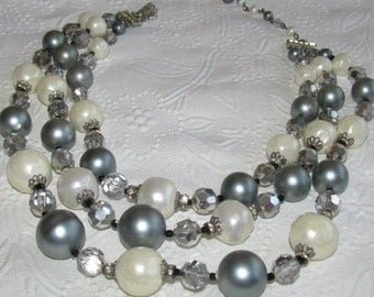 Vendome Vintage Triple-Strand Beads - Grey/Pearlized White