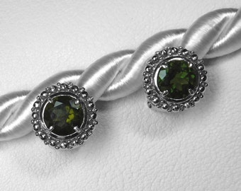 Moldavite Stud Earrings in Silver, 8 mm