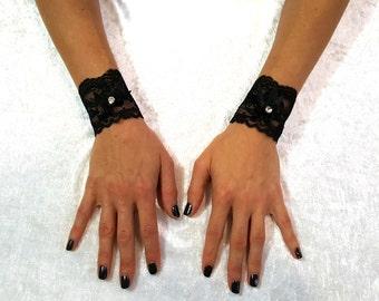 LACE CUFFS LACE Gothic Bracelets Lace Wristbands Lace Bracelet Bridal Lace Fetish Bracelets Fetish Accessories Goth Bracelet Lace Goth