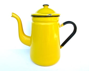 Vintage Yellow Enamelware Coffee Pot - Rustic Decor - Cottage Chic