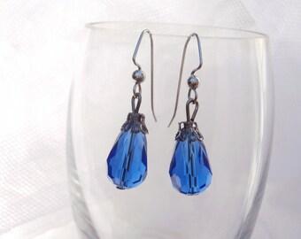 Blue glass earrings, glass earrings, blue teardrop earrings, faceted glass drop earrings, blue faceted glass earrings, teardrop earrings,