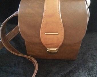 Now On Sale Vintage Cross Shoulder Bag / 60s Camera Bag / 50s Camera Case / 60s Faux Leather Purse Bag