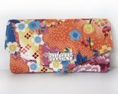 Women's Wallet with Triangle Flap, Card Slots and Zip Pocket in Floral