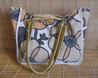 Vintage Medium Size Floral Off White Beige Canvas Tote Shoulder Bag