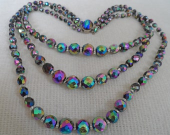 1950's triple strand lovely scarabe glass necklace with pretty clasp