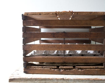 Vintage Egg Crate - Humpty Dumpty Cadillac Michigan Wooden Crate Vintage Crate