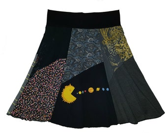 Boho Chic Women's Medium Hippie Skirt upcycled t-shirt clothing from Twinkle
