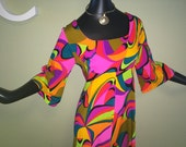 Ultra MOD Hawaiian Maxi Dress Vintage 1960s 1970s Groovy Psychedelic Neon Abstract Bell Sleeve Fit & Flare Tiki Oasis Hukilau Size Medium L