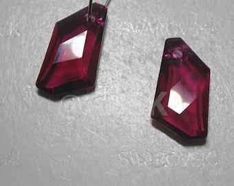 2 pieces Swarovski elements crystal pendant De-Art 6670 RUBY