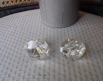 Swarovski Clam Shell With Pearl In One Original Box Pair