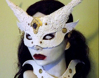 Goblin Queen mask & collar