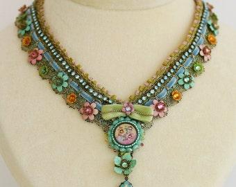 boho chic romantic jewelry colorful beaded bohemian Orly Zeelon The Vee shaped Cameo Necklace