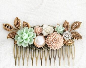 Bridal Hair Comb Mint Green Blush Pink Wedding Headpiece Romantic Floral Hair Slide Pastel Hair Adornment Elegant Hair Pin for Bride
