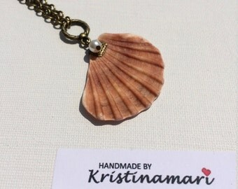 Seashell pendant necklace - natural seashell accessory - pearl seashell necklace - simple summer necklace - hot birthday gift