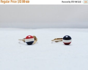 SALE Vintage Earrings 60s 70s Mad Men Era Tiny Red White Blue Ball Earrings Clip On Earrings Clip Ons