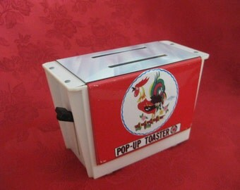 Vintage Wolverine Rooster Toy Toaster