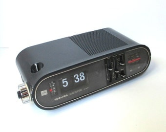 Toshiba Flip Clock Radio, Vintage AM FM Alarm Clock Radio, Professionally Serviced and Cleaned