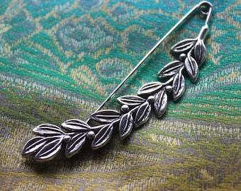 Shawl pin/ brooch leaves
