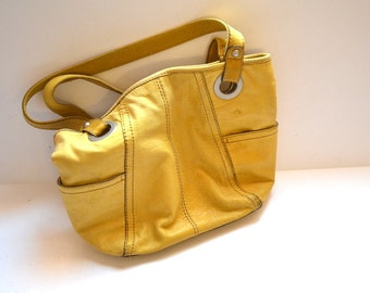90s vintage yellow leather  shoulder bag   purse by Fossil   attractive Fossil key  travel bag