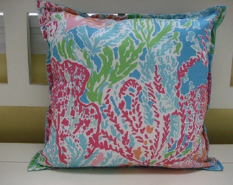ONE (1) Lilly Pulitzer Let's Cha Cha 15x15 Pillow with polyester fill - Handmade