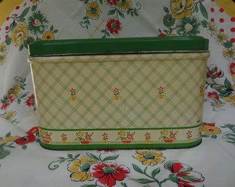 Vintage Bread Box -- Green, Cream, Yellow and Red -- 1940's