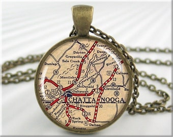 Chattanooga Map Pendant, Resin Map Necklace, Chattanooga Tennessee Picture Jewelry, Round Bronze (715RB)