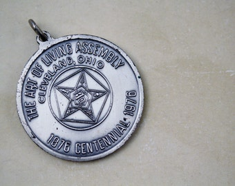 Vintage Collectible Coin Spirit of '76 - Masonic Eastern Star Centennial Pendant - The Art of Living Assembly Cleveland, Ohio