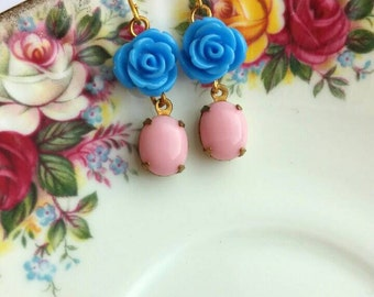 Pretty dingly dangly rose earrings