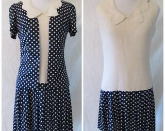 Vtg Mod '60s Peter Pan Collar Dress Color Block Navy & Cream Polka Dot Drop Waist Mini Pleated Skirt w/ Short-Sleeved Jacket Sz 4 XS Small