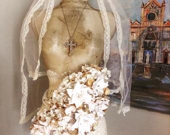 Vintage Wedding Veil Bouquet Set Lasso and Boutonnierre