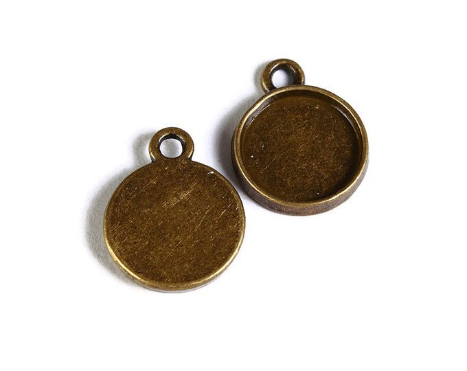 10mm Antique brass tray Pendant - 10mm Antique brass cabochon settings - Antique brass findings (1692) - Flat rate shipping