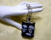 Gothic skull hip flask mini keyring biker chick christmas gift womens mens drinks container liquor flask uk seller key chain stocking filler