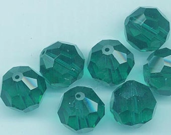 Six rare vintage Swarovski crystal beads -- Art. 5000 - 14 mm - emerald