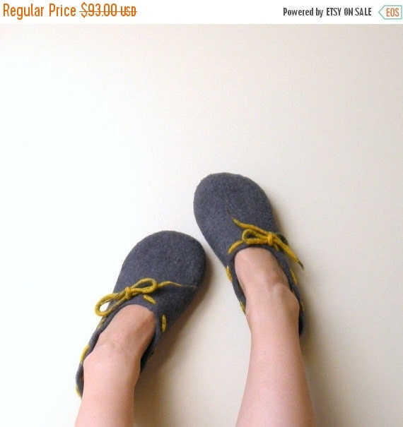 SALE Christmas gift - women slippers - Felted wool women slippers Grey yellow - wool clogs - made to order - cozy warm
