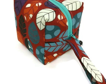 KNITTING PROJECT BAG - Sock Cube, Zippered Box Bag, Stof Leaves, Zippered Project Bag, Handmade, Knitting Bag, Crochet, Sock Bag, Hat Bag