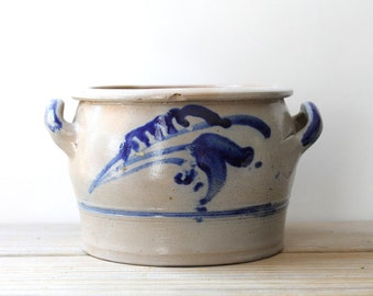 Vintage German folk style pot / primitive farm house style crock / simple style decor / folk style art pottery / cobalt blue flower decor