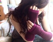 CASHMERE Gloves  in wine and fuchsia, fingerless gloves for women