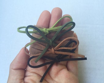 Set of 4 Dainty Bows. Nylon Headbands. Hair bows. Fall inspired.