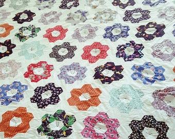 Grandmother's Flower Garden Quilt - Twin Quilt - Vintage Quilt - Modern Quilt - Lap Quilt
