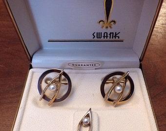 Beautiful NIB Vintage SWANK Gold Tone Wishbones with Pearls Cufflink Set